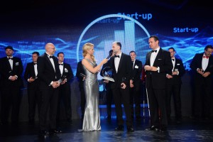 entrepreneur-of-the-year-2015-berlin-uniq-urlaubsguru-copy-ernst-young-red-carpet-reports05